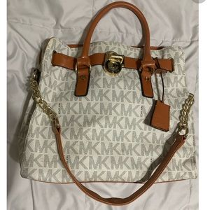 NON Authentic Micheal Kors Bag